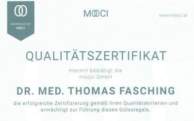 Dr. Thomas Fasching führt das Qualitätszertifikat MOOCI